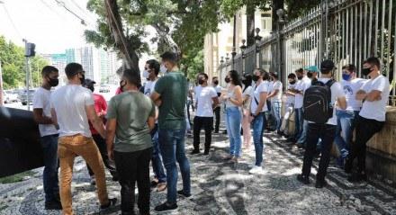 Protesto de aprovados em concurso da Polícia Militar de Pernambuco (PMPE)