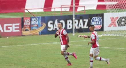 Lances do jogo entre os times do Náutico e Santa Cruz válido pela Campeonato Pernambucano 2021. Jogo realizado no estádio dos Aflitos no Recife.