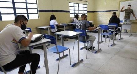 Retomada de aulas presenciais na rede estadual.