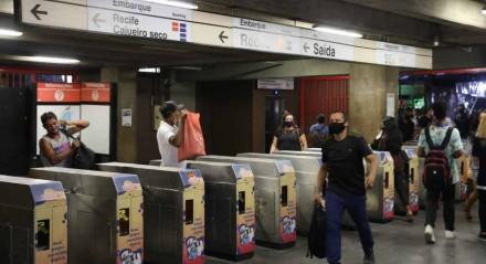 Passageiros da Linha Sul do metrô na volta para casa