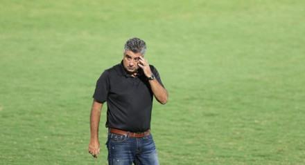Alexandre Gallo, Técnico do Santa Cruz. Lances do jogo de futebol Santa Cruz X Salgueiro, válido pelo Campeonato Pernambucano, no Estádio do Arruda.