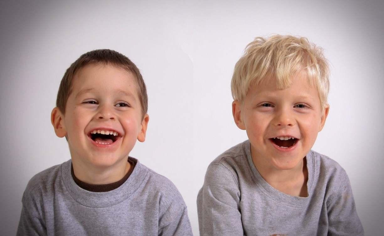 Crianças felizes, adultos felizes