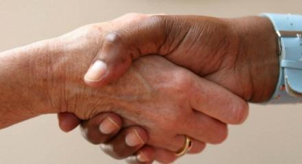 Negociação pode ser realizada com o empregador; veja dicas