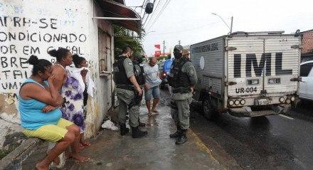 Um duplo homicídio foi registrado no bairro de Afogados.