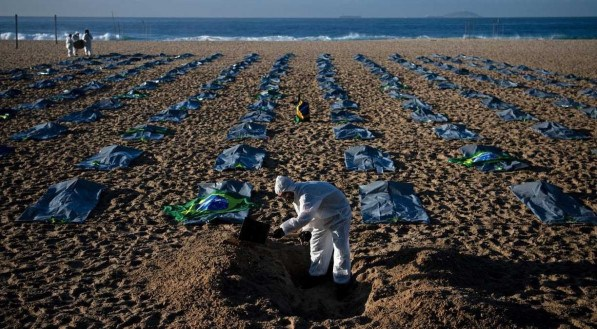 CARL DE SOUZA / AFP