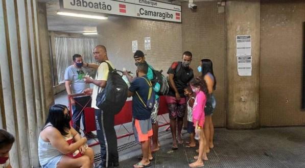 Estações do Metrô amanheceram fechadas no feriado do Dia do Trabalho