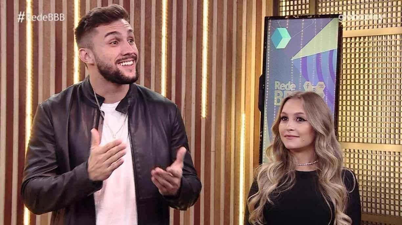 Ex-BBB Arthur diz que ainda está apaixonado por Carla Diaz