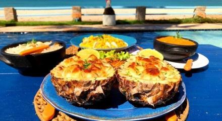 Os frutos do mar são a especialidade no João Restaurante, na praia de Maracaípe