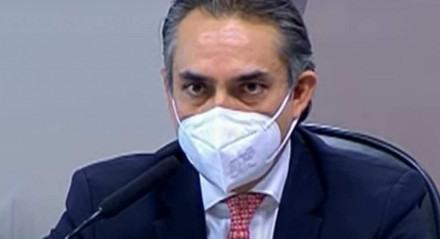 Carlos Murillo presta depoimento a CPI da Covid nesta quinta-feira (13).