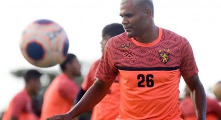 Mikael é o artilheiro da temporada do Leão com seis gols