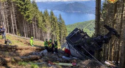 Pelo menos oito pessoas morreram no acidente