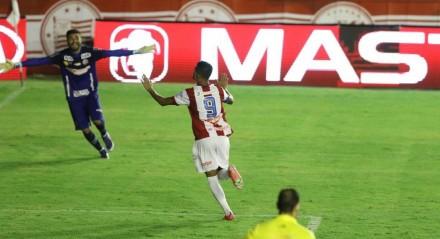 Lances do jogo de futebol Sport X Náutico, válido pela Final do Campeonato Pernambucano, no Estádio dos Aflitos.