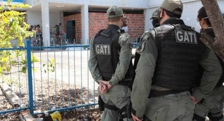Policiais militares seguiram para o imóvel, localizado no bairro do Espinheiro