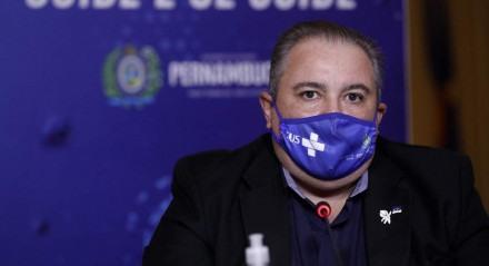 """""""O governo de Pernambuco tem garantido o fornecimento de oxigênio nas unidades da rede estadual"""", assegurou André Longo"""