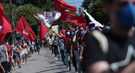 Ato 'Fora Bolsonaro' acontece no Centro do Recife neste sábado (29)