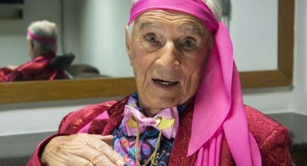 Aos 101 anos, Orlando Drummond é lembrado até hoje por viver o Seu Peru, na 'Escolinha do Professor Raimundo'