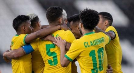 Pedro (2x) e Guilherme Arana foram os autores dos gols brasileiros contra a Sérvia