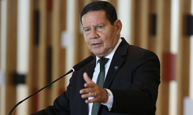 Mourão diz que Bolsonaro autorizou nova operação militar na Amazônia