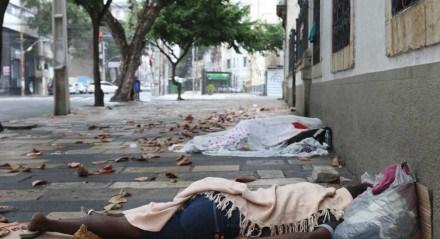 Rua do Imperador. A Prefeitura do Recife, lança o programa Recife Acolhe, com iniciativa voltadas a pessoas de situação de rua.