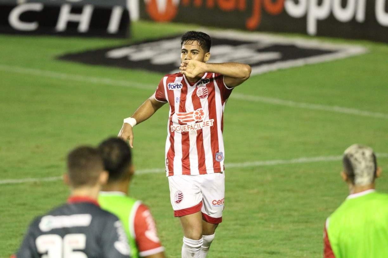 Nas ondas da Rádio Jornal: ouça os gols da vitória do Náutico sobre o Vila Nova na voz de Alexandre Costa