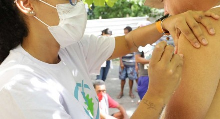 Vacinação em moradores de rua