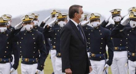 Cerimônia de juramento à bandeira e entrega de Espadins da turma Almirante Bosisio na Escola Naval com presença do presidente da República  Jair Bolsonaro
