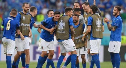 A Itália garantiu os 100% na fase de grupos da Eurocopa