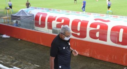 Hélio dos Anjos, Técnico do Náutico. Lances do jogo de futebol Náutico X Botafogo, válido pelo Brasileirão da Série B, no Estádio dos Aflitos.
