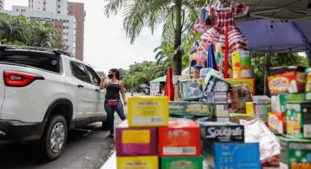 SÃO JOÃO - Comércio de itens junInos na Avenida Beira Rio
