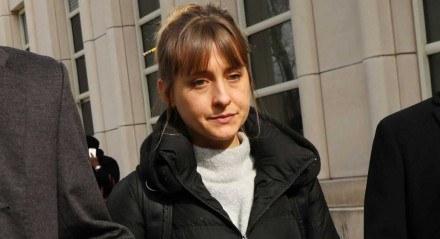A atriz Allison Mack ficou conhecida do público por interpretar Chloe na série 'Smallville'