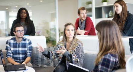 Encontro entre gerações pode ser positivo para as empresas