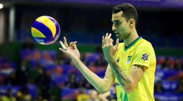 Douglas Souza, jogador de vôlei