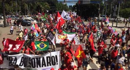 Protesto no Recife em 24 de julho contra Jair Bolsonaro