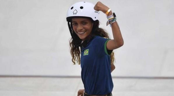 Xodó da torcida brasileira, a atleta de apenas 13 anos fez história.