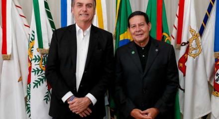 Isolado no governo, Mourão afirmou ao Estadão que não sabe o que se discute no Planalto