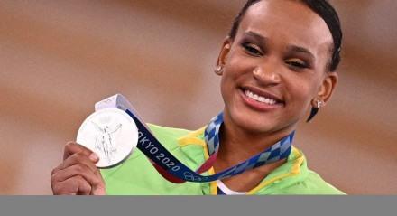 Rebeca Andrade foi prata no individual geral da ginástica artística
