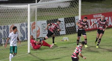 Pipico, fez o primeiro gol do Santa Cruz (PE) contra o Manaus (AM). Partida valida pelo Campeonato Brasileiro Série C , realizada no estádio do Arruda, em Recife (PE),  neste domingo, 01 de agosto de 2021
