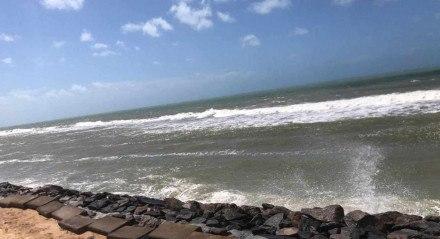 Praia de Boa Viagem, na Zona Sul do Recife, neste domingo (1º)