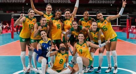A vitória tranquila sobre o Quênia garantiu o primeiro lugar do Grupo A para as brasileiras.