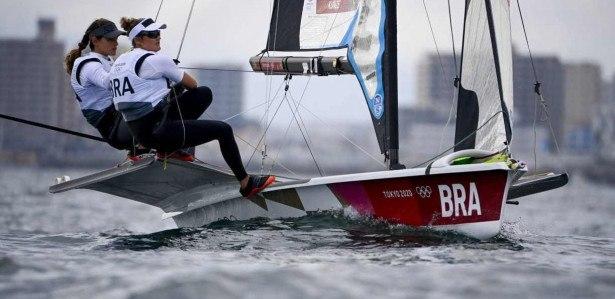 Dupla brasileira Martine Grael e Kahena Kunze tem boas chances de pódio na classe 49er FX