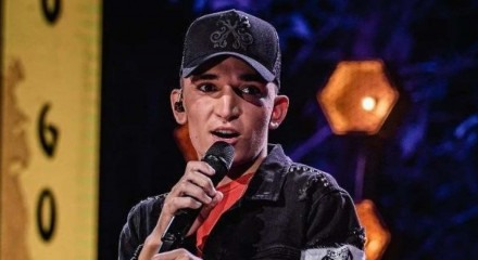 O cantor João Gomes