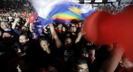 A banda Bon Jovi subiu ao palco montado no Estádio do Arruda, neste domingo, às 21h, no primeiro show em solo brasileiro da turnê ìThis House Is Not For Saleî .Recife, Pernambuco.