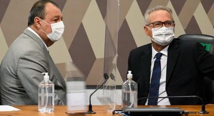 """Comissão Parlamentar de Inquérito da Pandemia (CPIPANDEMIA) realiza oitiva do diretor-executivo da farmacêutica Vitamedic. O objetivo é esclarecer questões sobre as vendas do """"kit covid"""", um conjunto de medicamentos sem eficácia comprovada contra o coronavírus."""