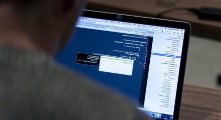 VAGAS EM TI | Área de Tecnologia da Informação está com muitas vagas em aberto. O que falta são profissionais para preenchê-las