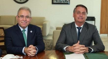 O ministro da Saúde, Marcelo Queiroga, e o presidente Jair Bolsonaro