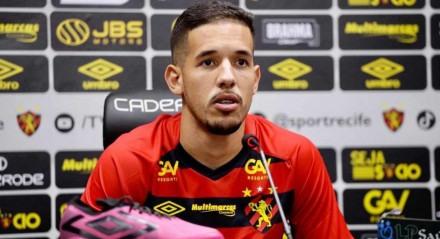 Pedro Henrique chegou emprestado do Internacional.