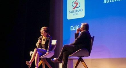 Viviane Mosé e Luiz Ventura, diretor pedagógico do Salesiano falaram sobre educação e autonomia