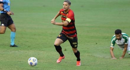 Lances do jogo de futebol Sport X Chapecoense, válido pelo Brasileirão da Série A, na Ilha do Retiro.