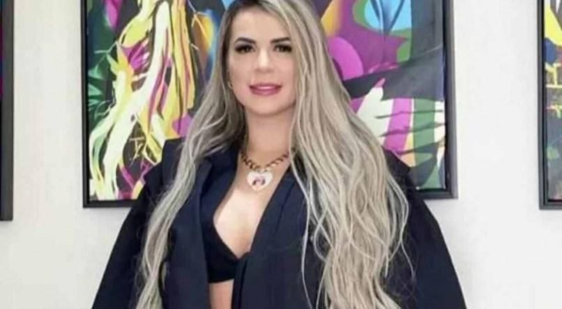 Deolane Bezerra