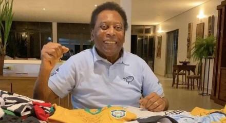 O ex-jogador Pelé, de 80 anos